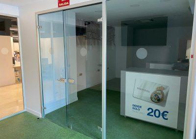 mamparas divisorias en Madrid Santiago Bernabeu